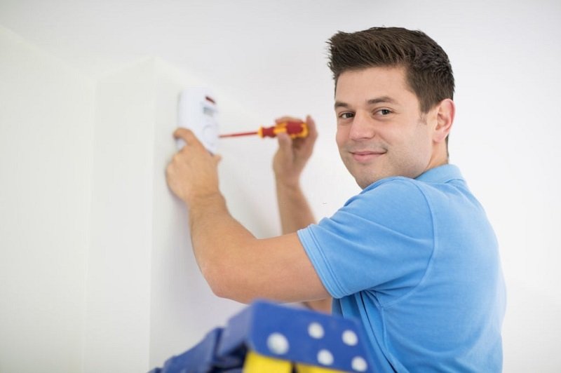 installing home alarm systems