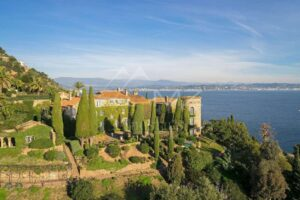 Close to Cannes- Unique waterfront property